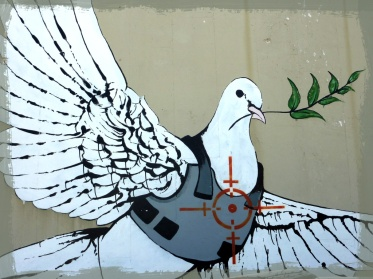 Absolutt-fredsdue banksy west bank